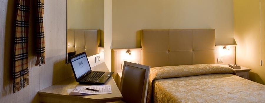 Camera dell'Hotel Noce a Brescia