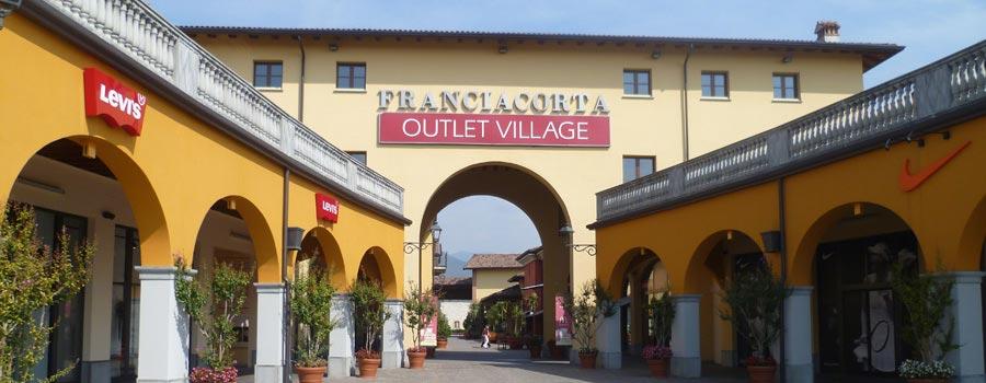Il Franciacorta Outlet, a pochi minuti dall'Hotel Noce di Brescia